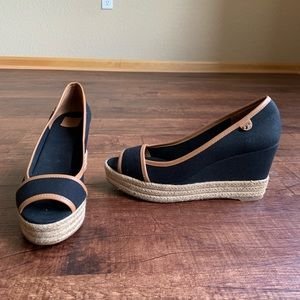 Tory Burch black canvas brown trim 10.5M wedges